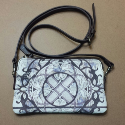 VIDA Safetly in Smallness Clutch - 2 in stock